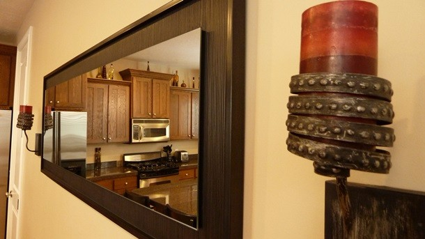 mirror kitchen